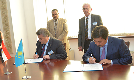 Signing a Memorandum of Understanding between Al-Farabi Kazakh National University and Benha University