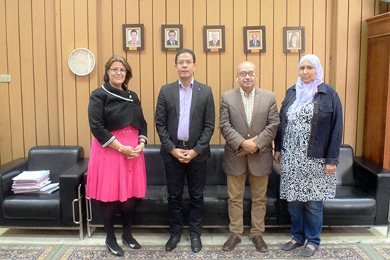 El Gizawy discusses ways of research cooperation with the University of Illinois in the United States of America